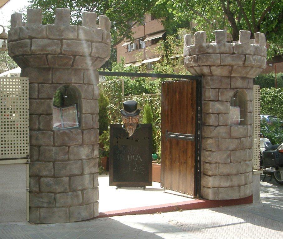 Portón de entrada restaurante